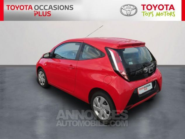 Toyota AYGO 1.0 VVT-i 69ch x-play 3p 3p0 Rouge Chilien Occasion - 1