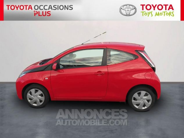 Toyota AYGO 1.0 VVT-i 69ch x-play 3p 3p0 Rouge Chilien Occasion - 2