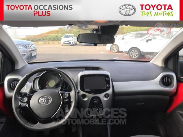 Toyota AYGO 1.0 VVT-i 69ch x-play 3p 3p0 Rouge Chilien Occasion - 4