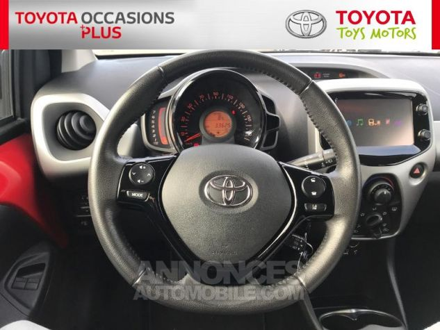 Toyota AYGO 1.0 VVT-i 69ch x-play 3p 3p0 Rouge Chilien Occasion - 5