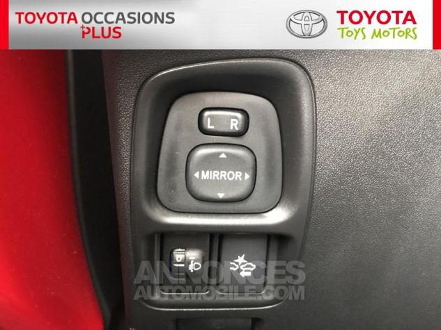 Toyota AYGO 1.0 VVT-i 69ch x-play 3p 3p0 Rouge Chilien Occasion - 16