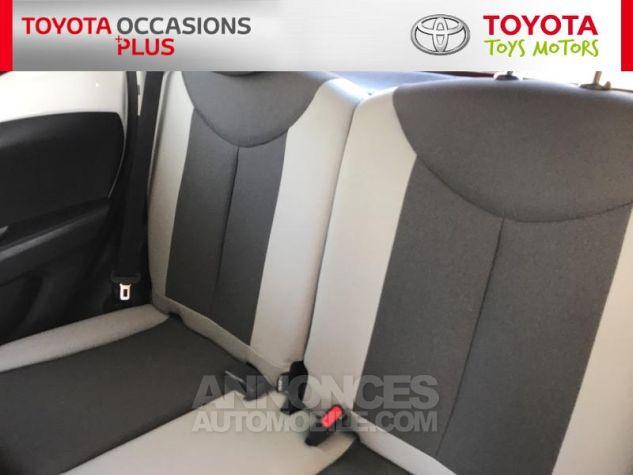 Toyota AYGO 1.0 VVT-i 69ch x-play 5p Blanc Occasion - 13