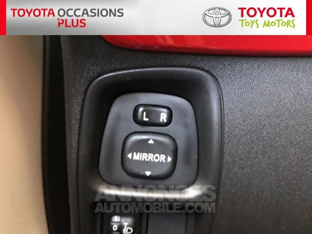 Toyota AYGO 1.0 VVT-i 69ch x-play 5p Blanc Occasion - 18