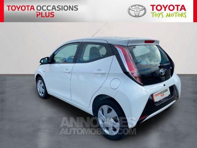 Toyota AYGO 1.0 VVT-i 69ch x-play 5p Blanc Occasion - 1