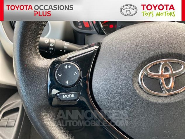 Toyota AYGO 1.0 VVT-i 69ch x-play 5p Blanc Occasion - 16