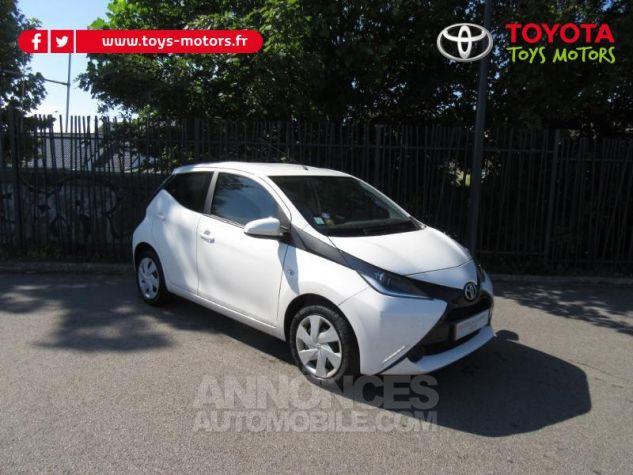 Toyota AYGO 1.0 VVT-i 69ch x-play 5p Blanc Pur Occasion - 0