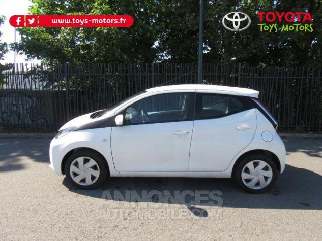 Toyota AYGO 1.0 VVT-i 69ch x-play 5p Blanc Pur Occasion - 1