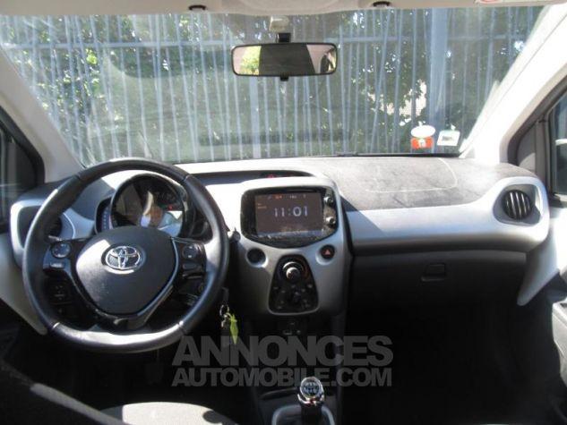 Toyota AYGO 1.0 VVT-i 69ch x-play 5p Blanc Pur Occasion - 3