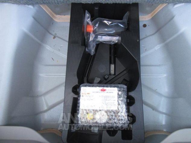 Toyota AYGO 1.0 VVT-i 69ch x-play 5p Blanc Pur Occasion - 6