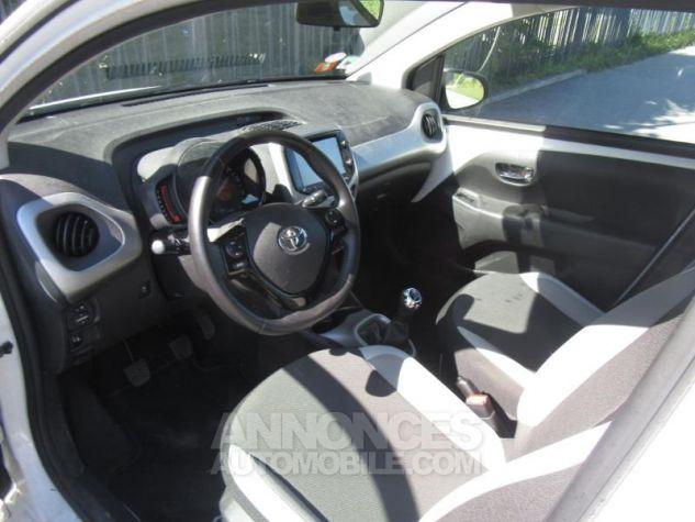 Toyota AYGO 1.0 VVT-i 69ch x-play 5p Blanc Pur Occasion - 7