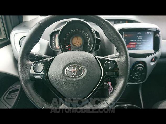 Toyota AYGO 1.0 VVT-i 72ch x-play 3p Blanc Pur Occasion - 6