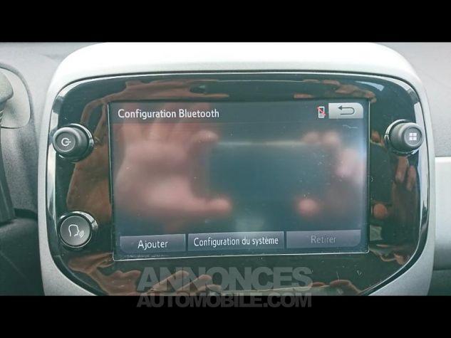 Toyota AYGO 1.0 VVT-i 72ch x-play 3p Blanc Pur Occasion - 9
