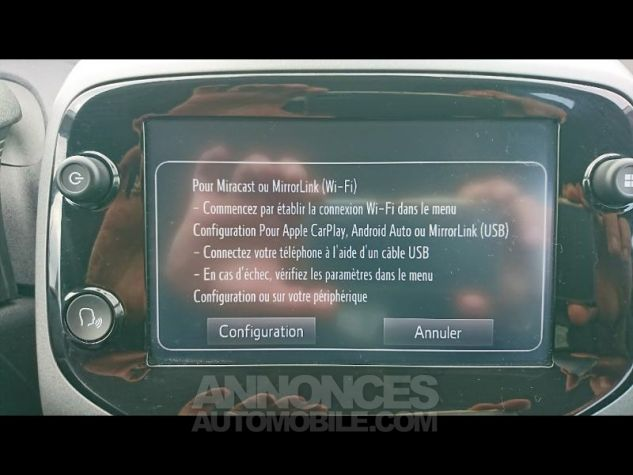 Toyota AYGO 1.0 VVT-i 72ch x-play 3p Blanc Pur Occasion - 10