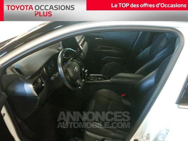 Toyota C-HR 122h Collection 2WD E-CVT RC18 Bi Ton Blanc Nacre Occasion - 11