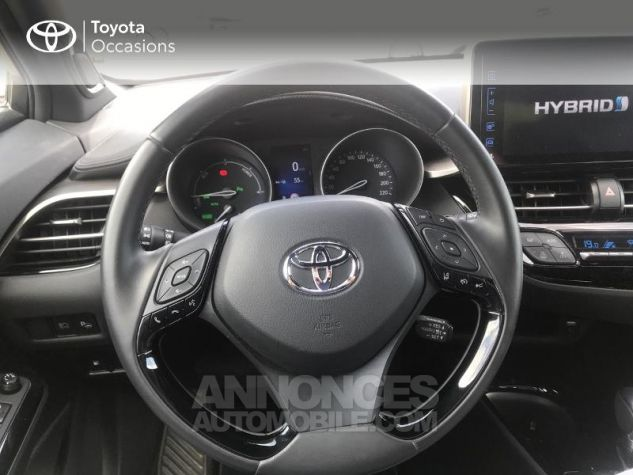 Toyota C-HR 122h Collection 2WD E-CVT RC18 Rouge Occasion - 5