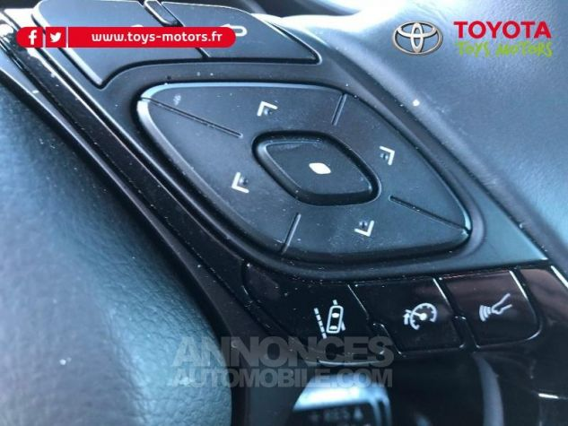 Toyota C-HR 122h Distinctive 2WD E-CVT 209 NOIR Neuf - 16