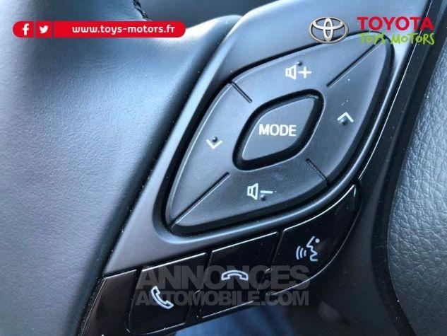 Toyota C-HR 122h Distinctive 2WD E-CVT 209 NOIR Neuf - 17