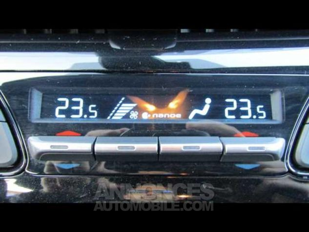 Toyota C-HR 122h Distinctive 2WD E-CVT Brun Métallisé Occasion - 13