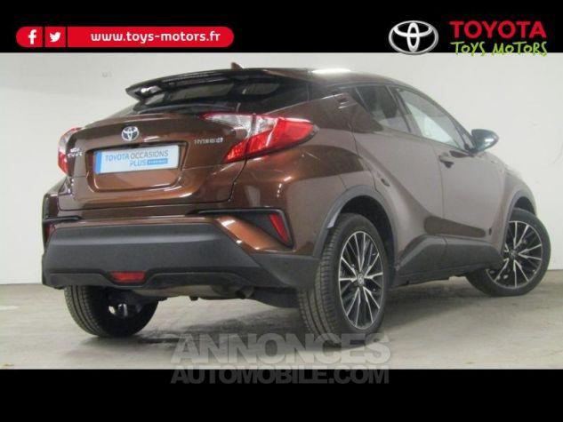 Toyota C-HR 122h Distinctive 2WD E-CVT Bronze métallisé Occasion - 1