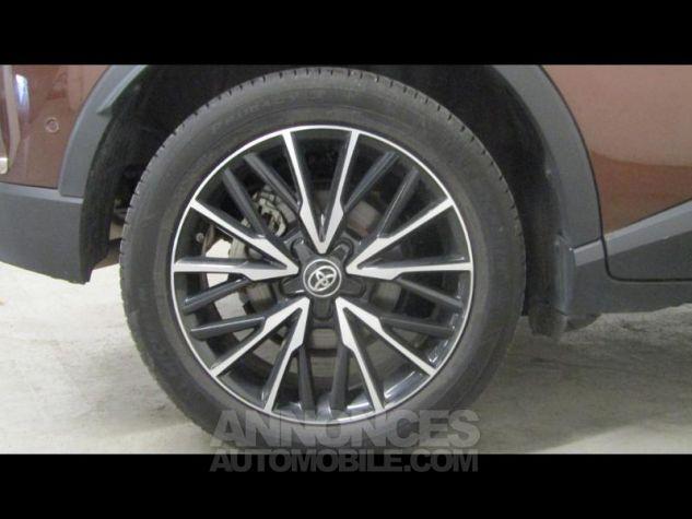Toyota C-HR 122h Distinctive 2WD E-CVT Bronze métallisé Occasion - 3