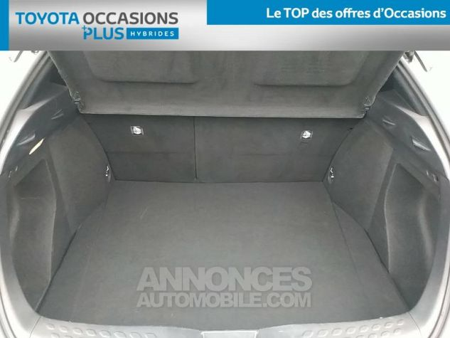 Toyota C-HR 122h Distinctive 2WD E-CVT Gris Clair Occasion - 14