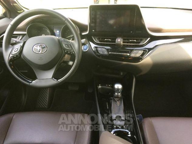 Toyota C-HR 122h Distinctive 2WD E-CVT NOIR Occasion - 4