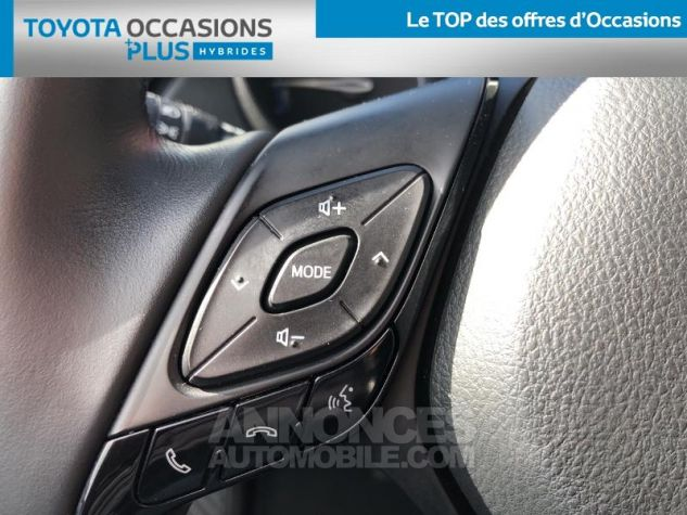 Toyota C-HR 122h Dynamic 2WD E-CVT ROUGE ALLURE Occasion - 16