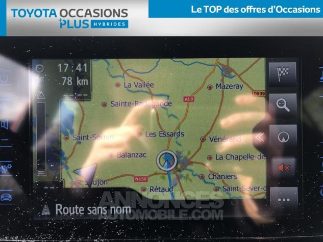 Toyota C-HR 122h Dynamic 2WD E-CVT ROUGE ALLURE Occasion - 17