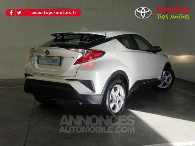 Toyota C-HR 122h Dynamic 2WD E-CVT BLANC NACRE Occasion - 1