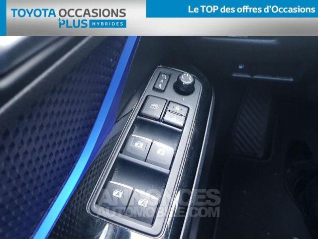 Toyota C-HR 122h Graphic 2WD E-CVT Bleu Clair Occasion - 11