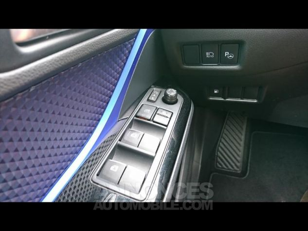 Toyota C-HR 122h Graphic 2WD E-CVT Bi Ton Gris Platinium Occasion - 12