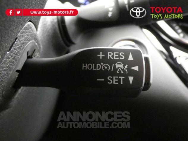 Toyota C-HR 184h Collection 2WD E-CVT MC19 Bi Ton Rouge Intense Noir Occasion - 17