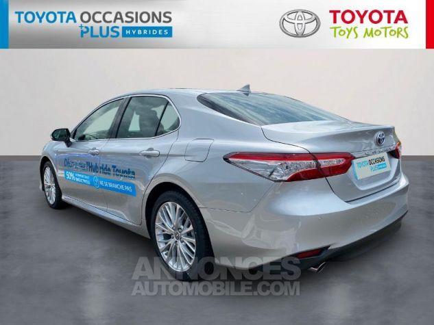 Toyota CAMRY Hybride 218ch Lounge Gris Aluminium Occasion - 1