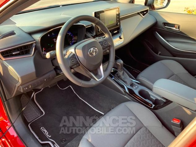 Toyota COROLLA 122h Design ROUGE INTENSE Occasion - 6