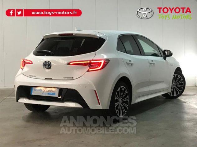 Toyota COROLLA 122h Design Blanc Pur Occasion - 1