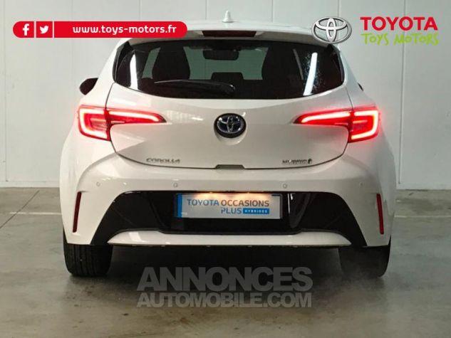 Toyota COROLLA 122h Design Blanc Pur Occasion - 4