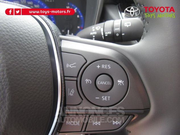 Toyota COROLLA 184h Design MY20 Gris Argent Occasion - 9