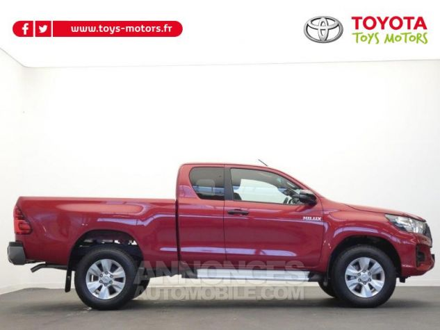 Toyota HILUX 2.4 D-4D 150ch X-Tra Cabine Légende 4WD RC19 Rouge Volcano Occasion - 18