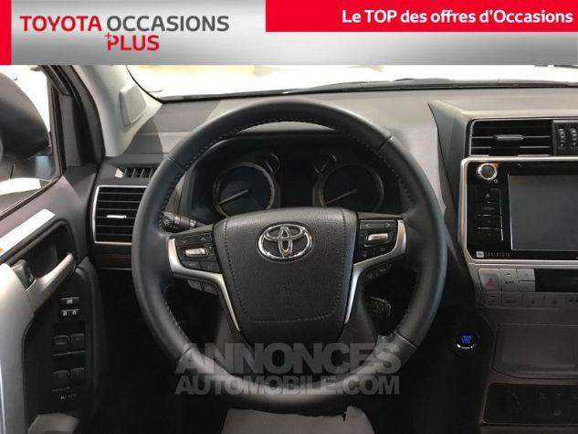 Toyota LAND CRUISER 177 D-4D Lounge BVA 5p RC18 070 BLANC NACRE Occasion - 5