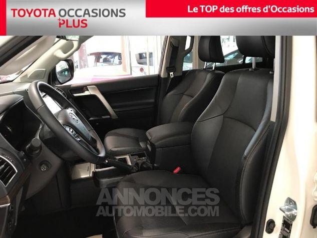 Toyota LAND CRUISER 177 D-4D Lounge BVA 5p RC18 070 BLANC NACRE Occasion - 12