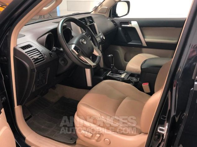 Toyota LAND CRUISER 190 D-4D FAP Lounge BVA 5p 60TH Anniversaire Bleu Nuit Métal Occasion - 1