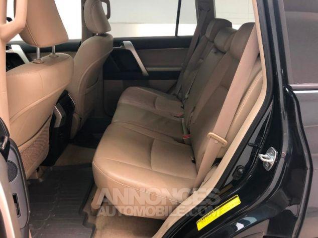 Toyota LAND CRUISER 190 D-4D FAP Lounge BVA 5p 60TH Anniversaire Bleu Nuit Métal Occasion - 14
