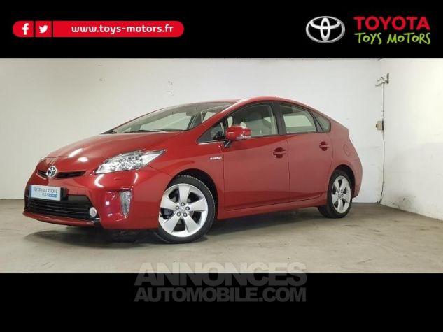 Toyota PRIUS 136h Lounge 17 Rouge Foncé Occasion - 0