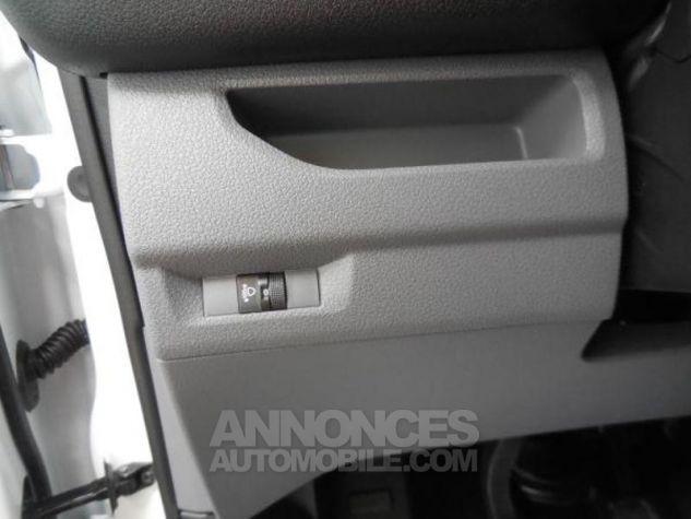 Toyota ProAce Medium 115 D-4D Dynamic BLANC BANQUISE Occasion - 11