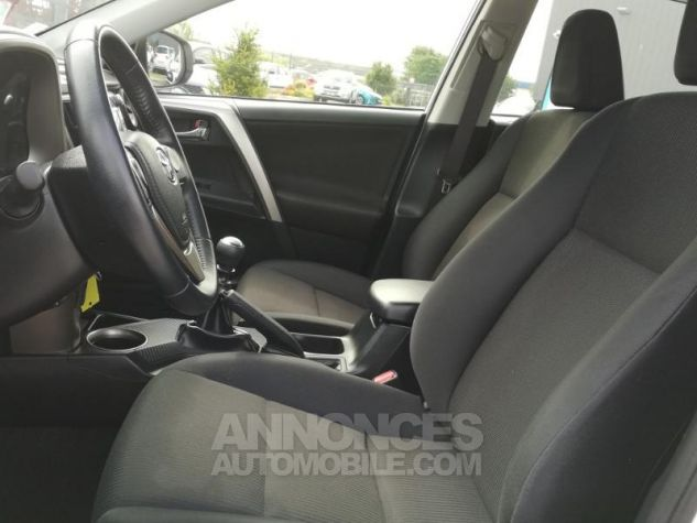 Toyota RAV4 124 D-4D LeCap 2WD Blanche Occasion - 4