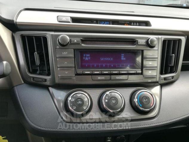 Toyota RAV4 124 D-4D LeCap 2WD Blanche Occasion - 12