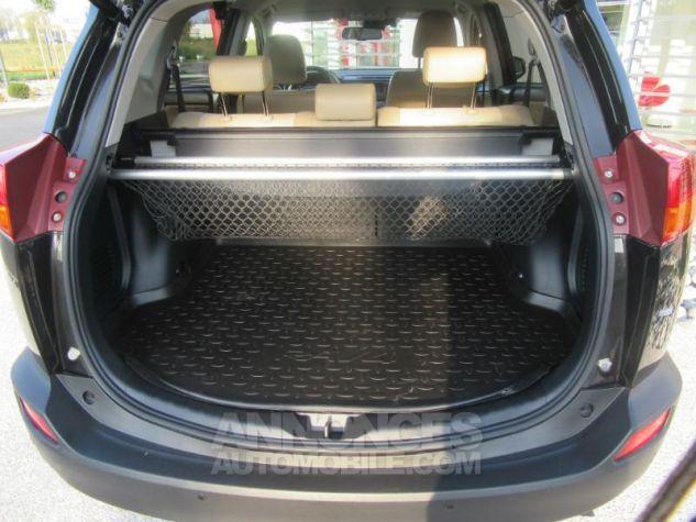 Toyota RAV4 124 D-4D Lounge 2WD MARRON Occasion - 9