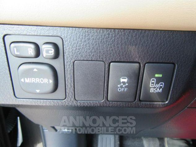 Toyota RAV4 124 D-4D Lounge 2WD MARRON Occasion - 14
