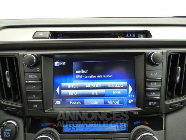 Toyota RAV4 143 D-4D Design 2WD ROUGE POURPRE Occasion - 16