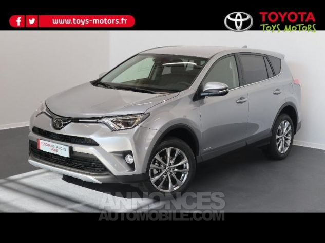 toyota rav4 143 d 4d dynamic edition 2wd gris clair occasion tonnay charente 17 charente. Black Bedroom Furniture Sets. Home Design Ideas